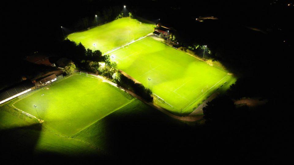 FC Ruderting LED Flutlicht